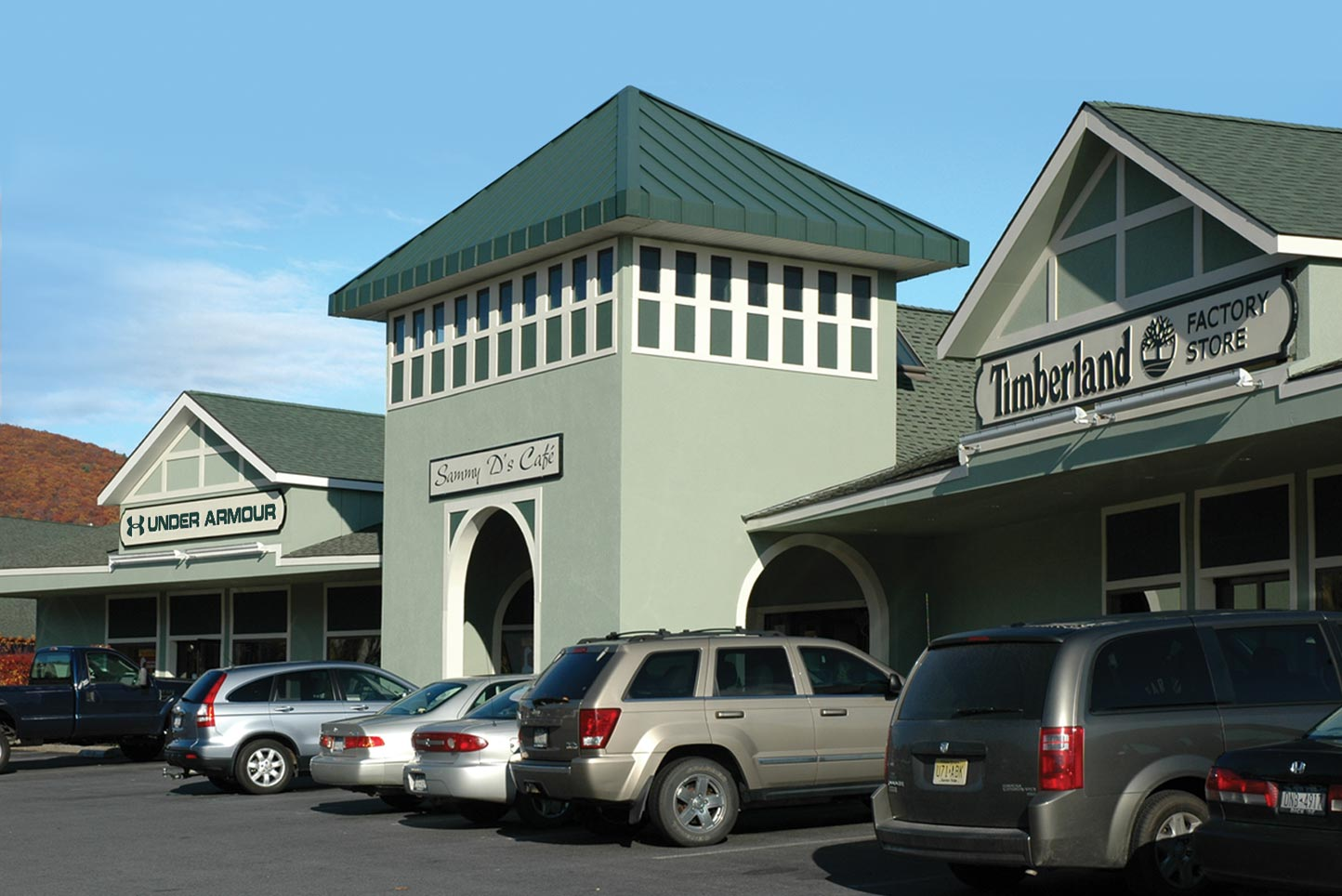 Adirondack Outlet Mall in Lake George